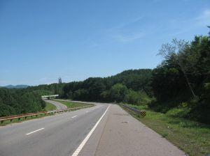 2012-07-19_TNCopperhill(RoadNorthOfTumblingCreekCampgroundRoad)